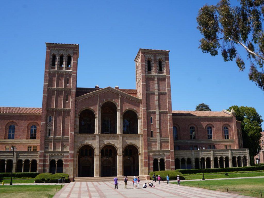 アメリカの大学内を歩いてみよう 誰でも自由に入ってokです 母校ucla